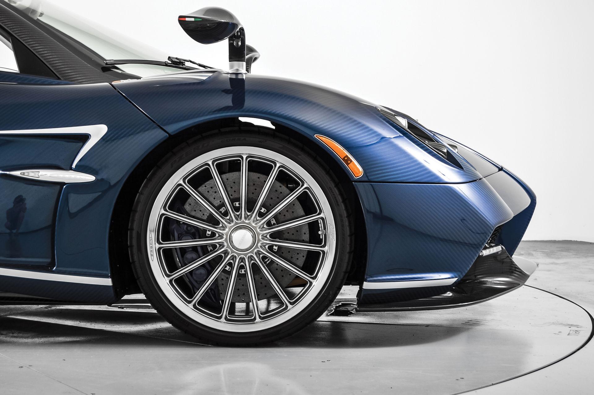Pagani_Huayra_Roadster_sale_0004