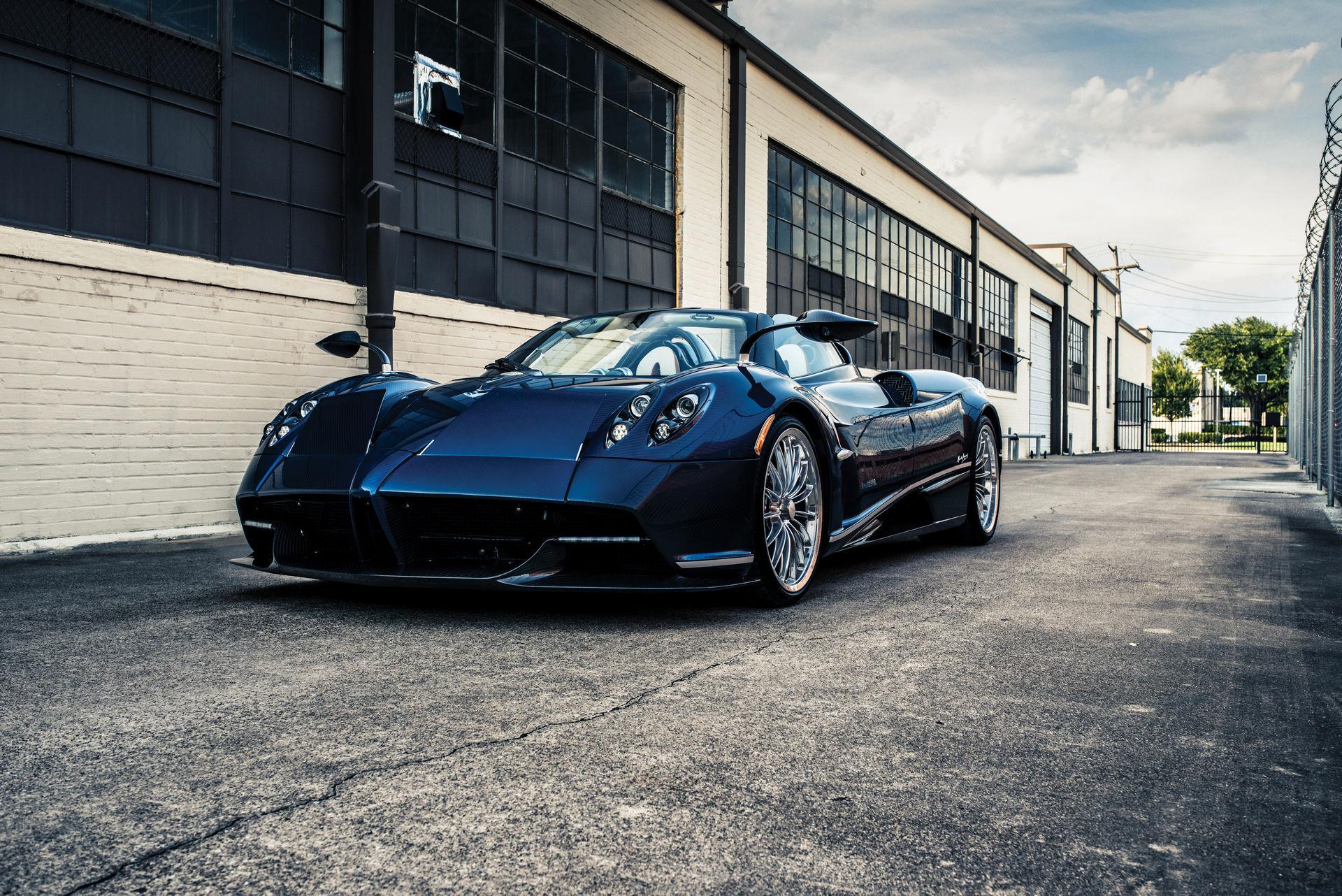 Pagani_Huayra_Roadster_sale_0033