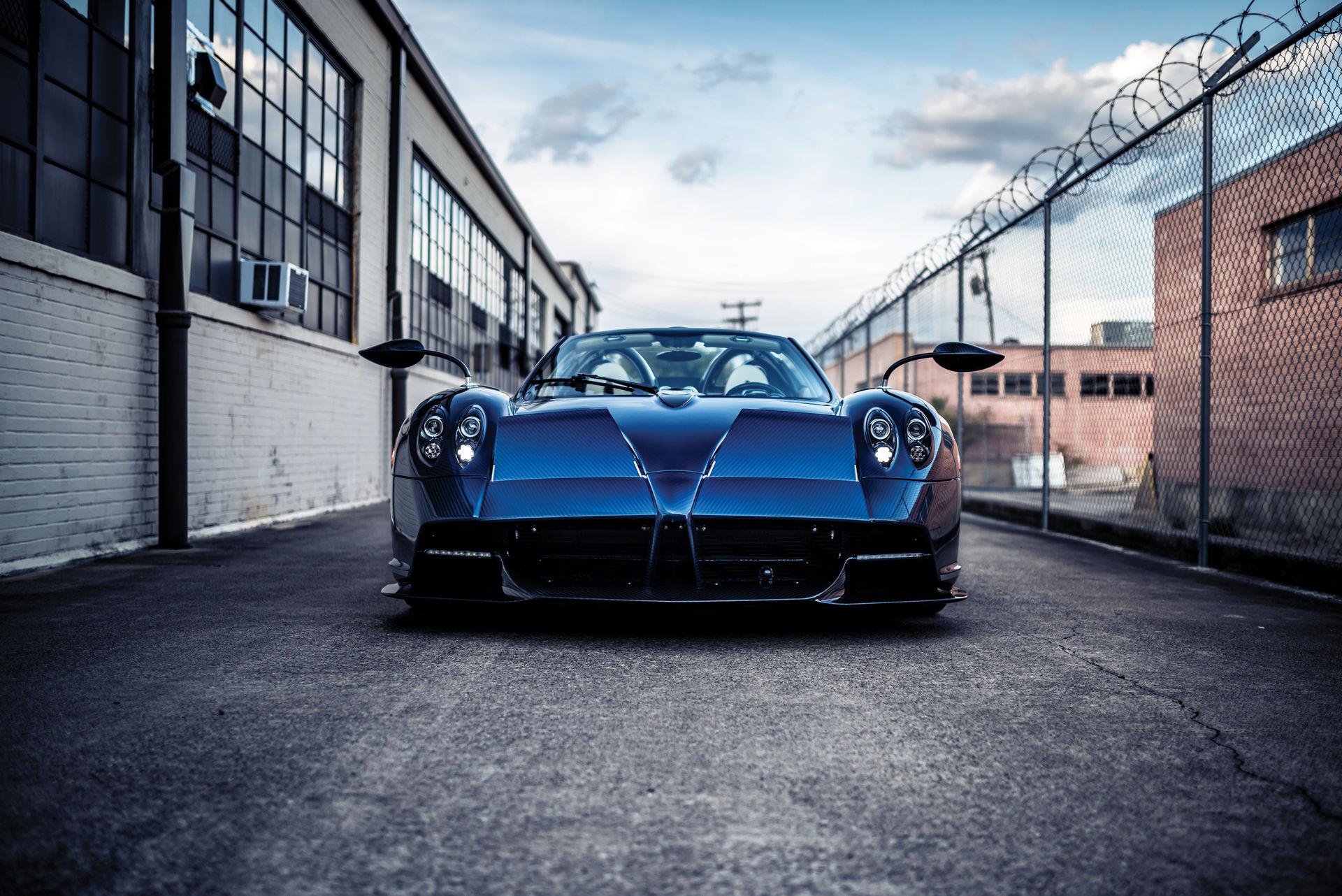Pagani_Huayra_Roadster_sale_0035