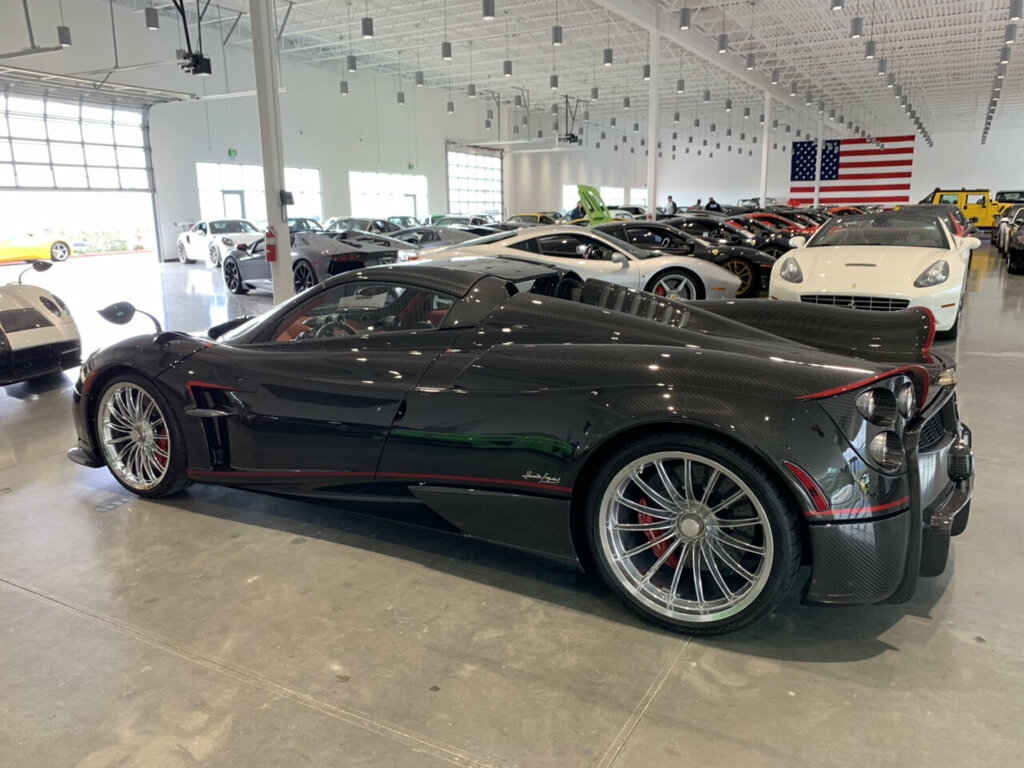 Pagani-Huayra-Roadster-for-sale-5