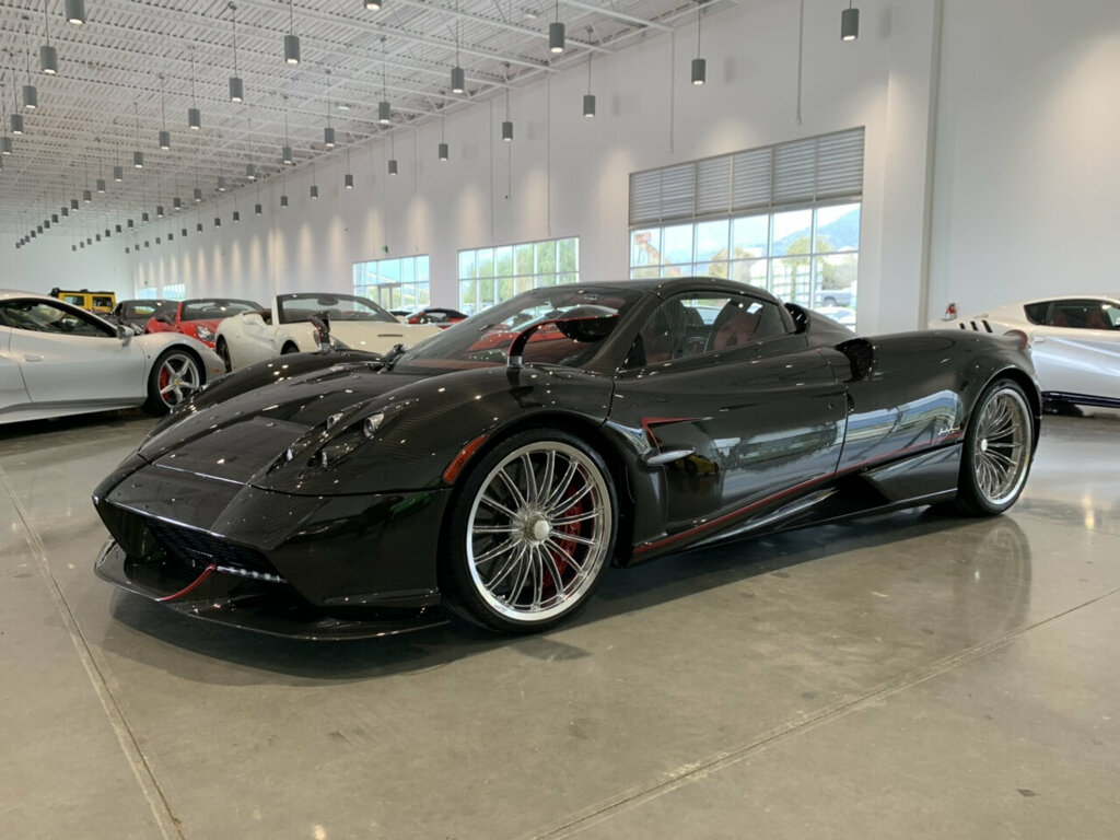 Pagani-Huayra-Roadster-for-sale-6