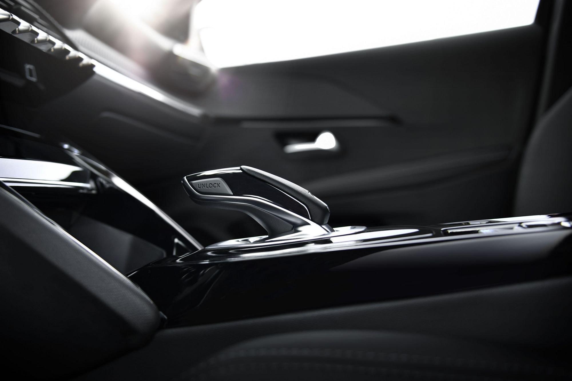 Peugeot 208 2019 (17)
