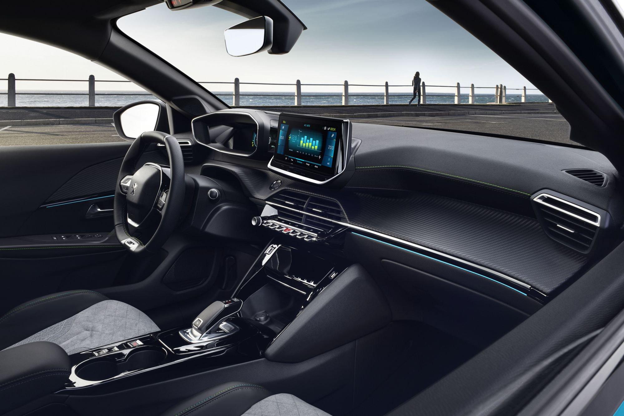 Peugeot 208 2019 (19)