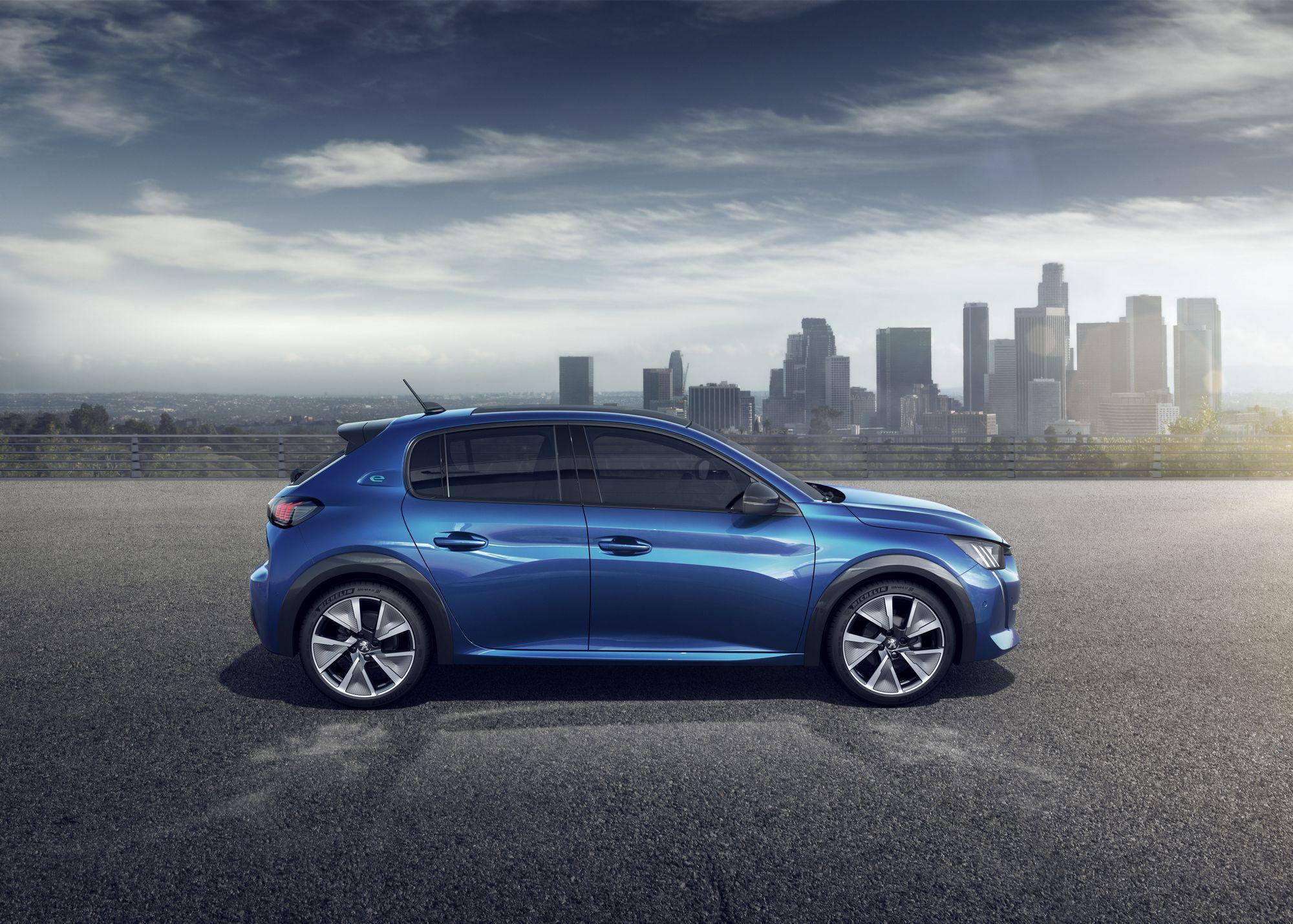 Peugeot 208 2019 (40)