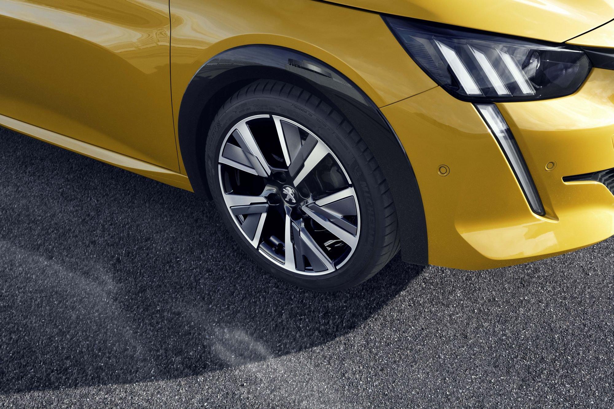Peugeot 208 2019 (57)