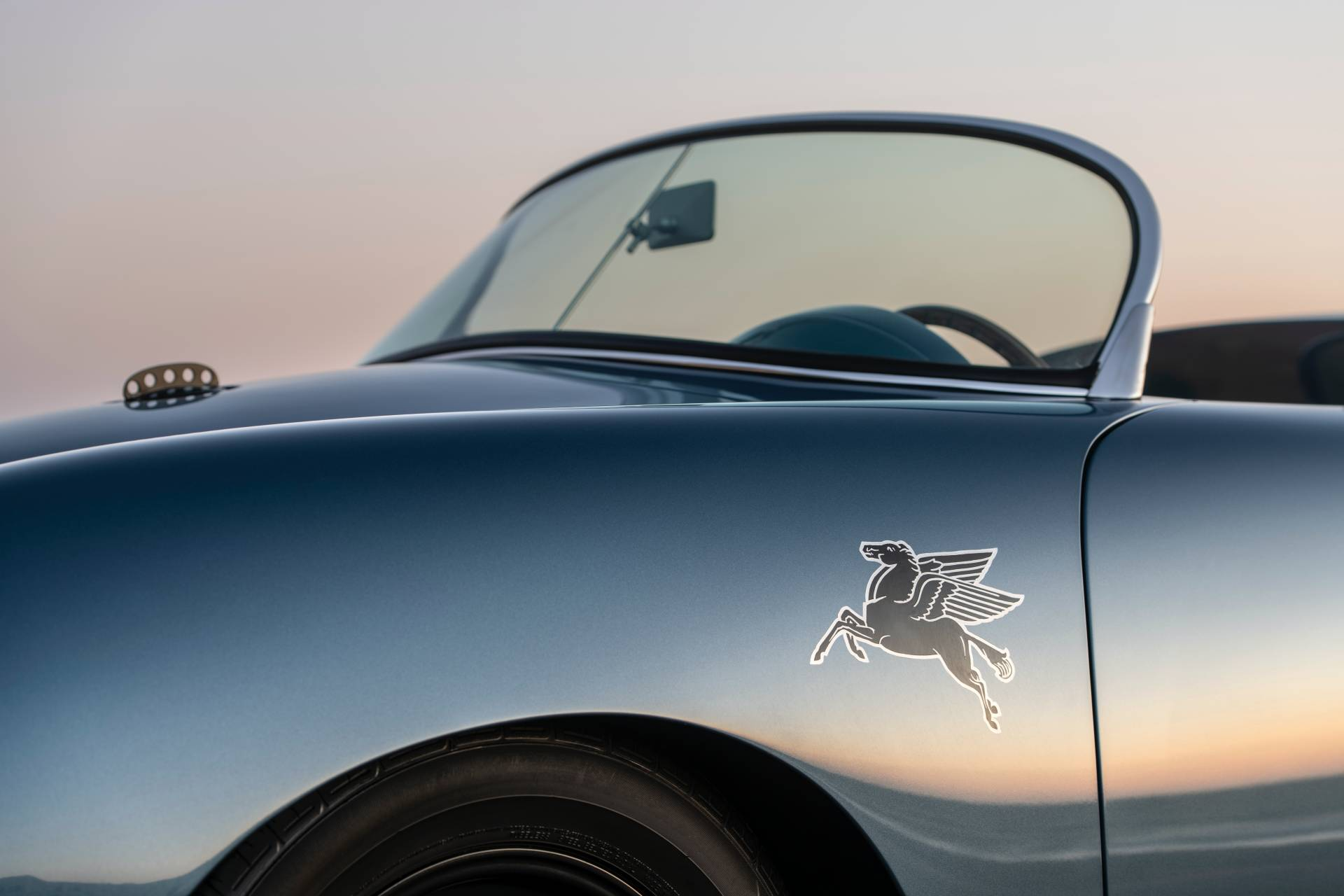 Porsche-356-Speedster-1959-Aquamarine-Transitional-By-Emory-Motorsport-10