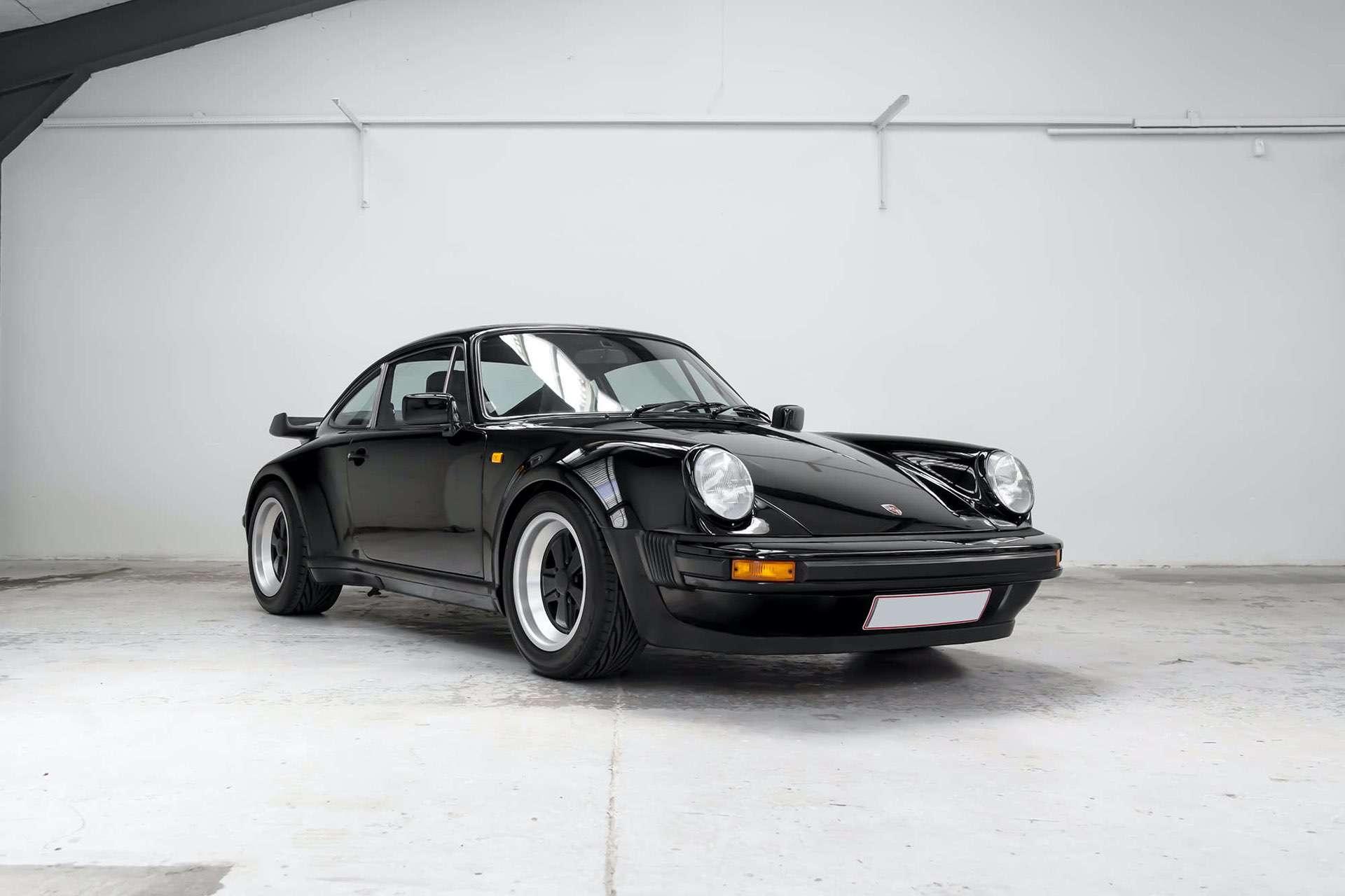Porsche_911_930_Turbo_0000