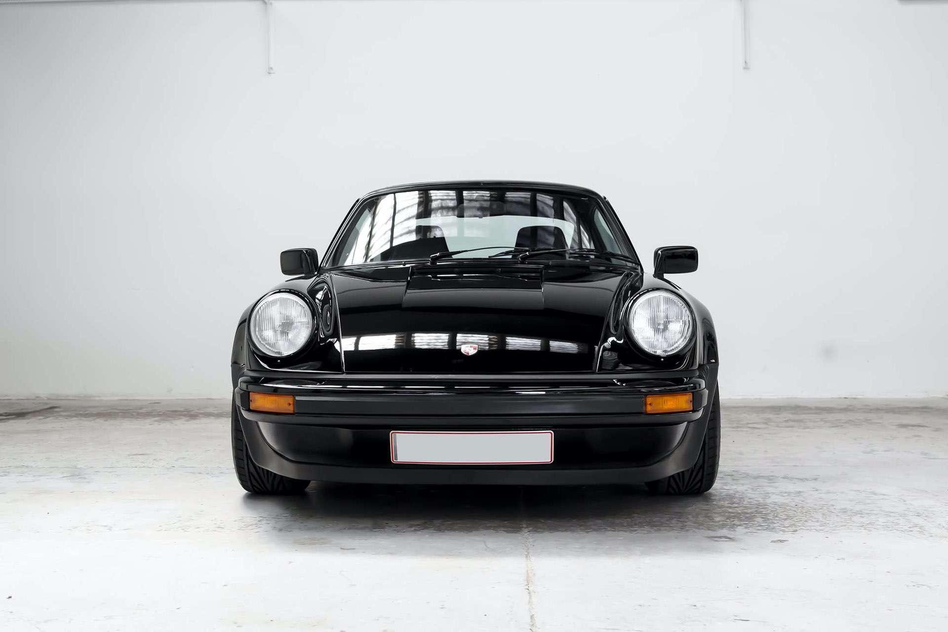 Porsche_911_930_Turbo_0001