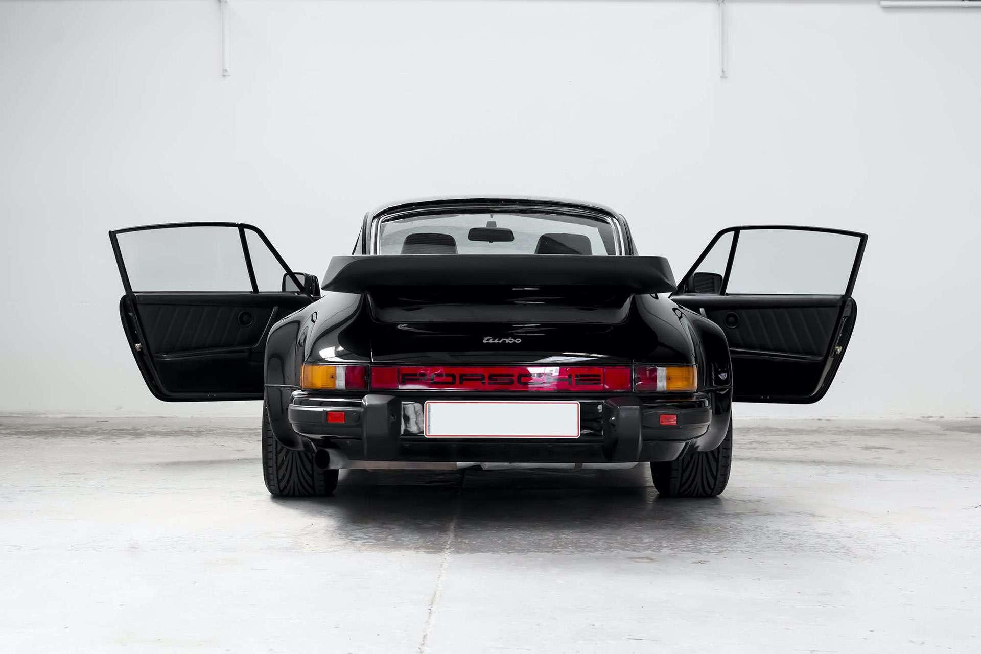 Porsche_911_930_Turbo_0005