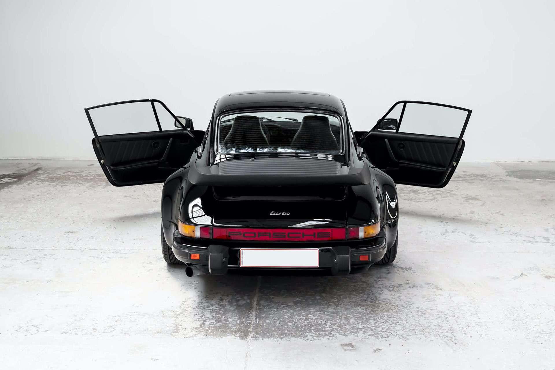 Porsche_911_930_Turbo_0006