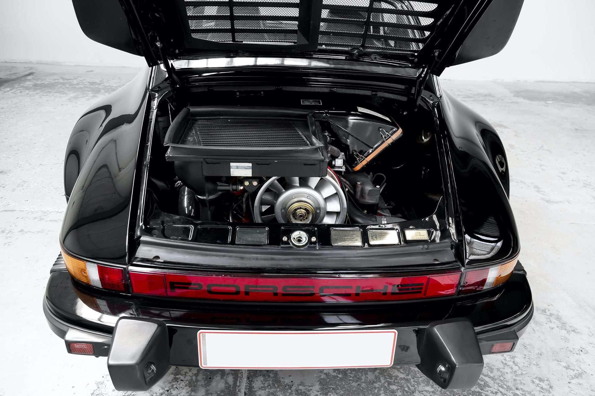 Porsche_911_930_Turbo_0013