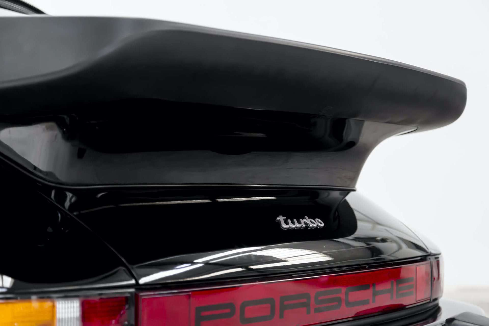 Porsche_911_930_Turbo_0016