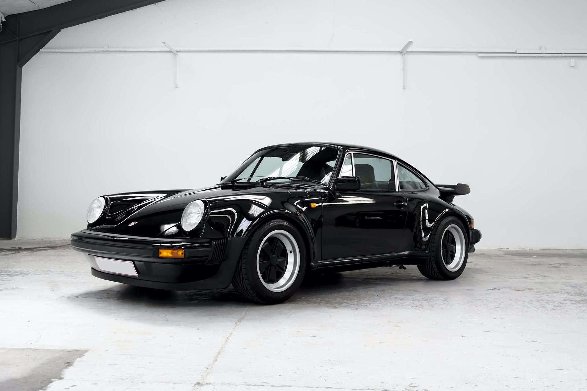 Porsche_911_930_Turbo_0017