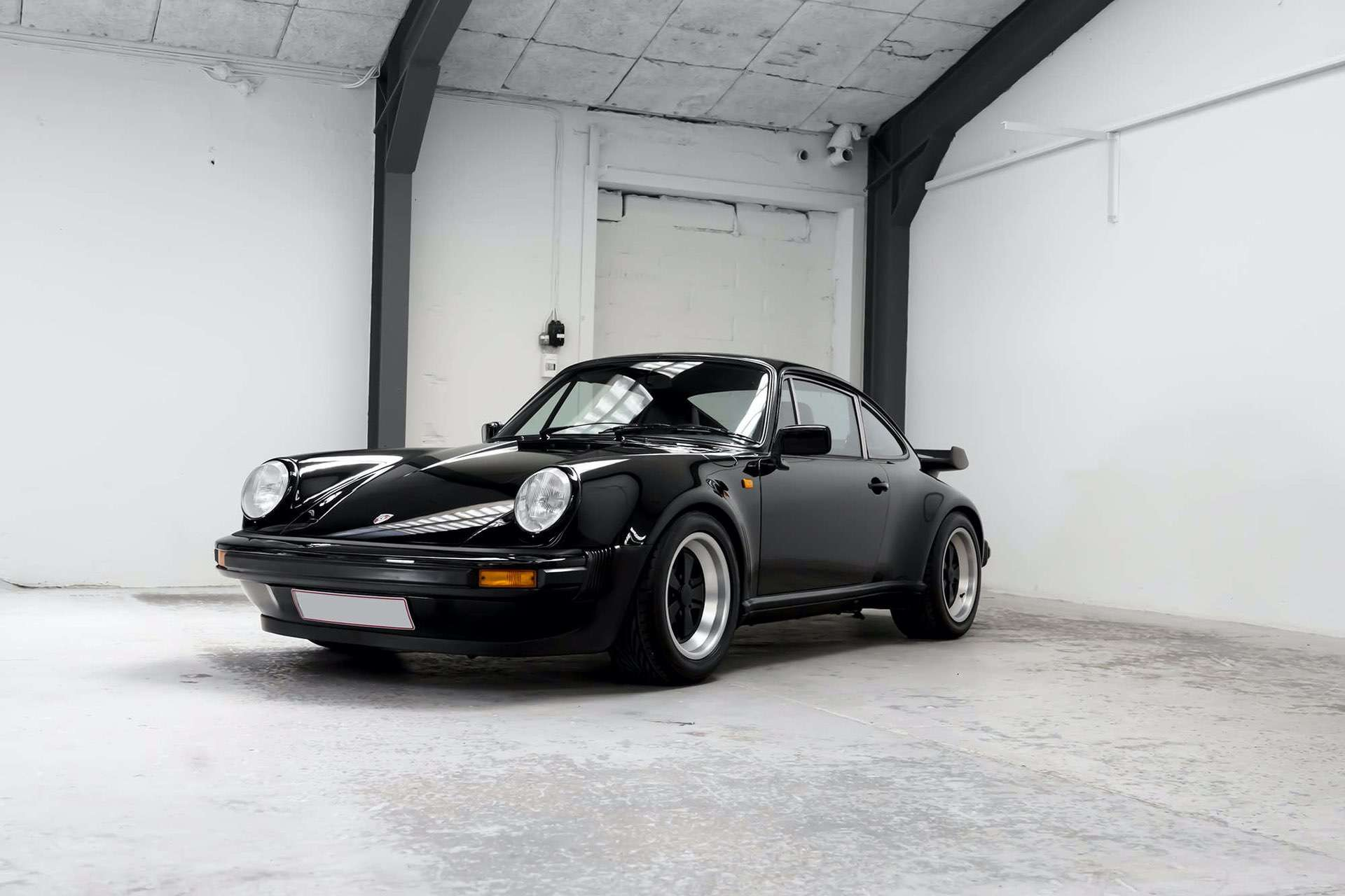 Porsche_911_930_Turbo_0018