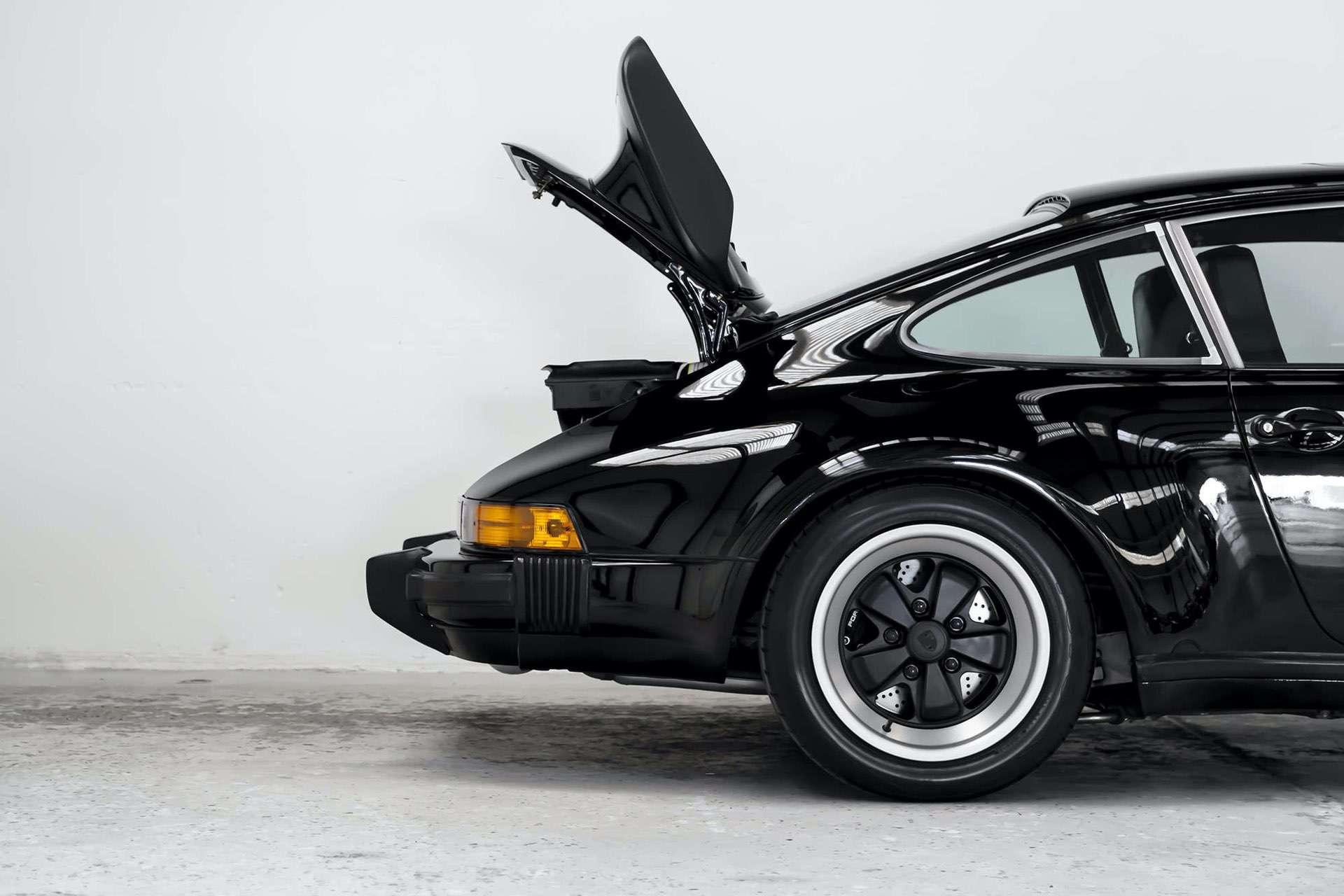Porsche_911_930_Turbo_0021