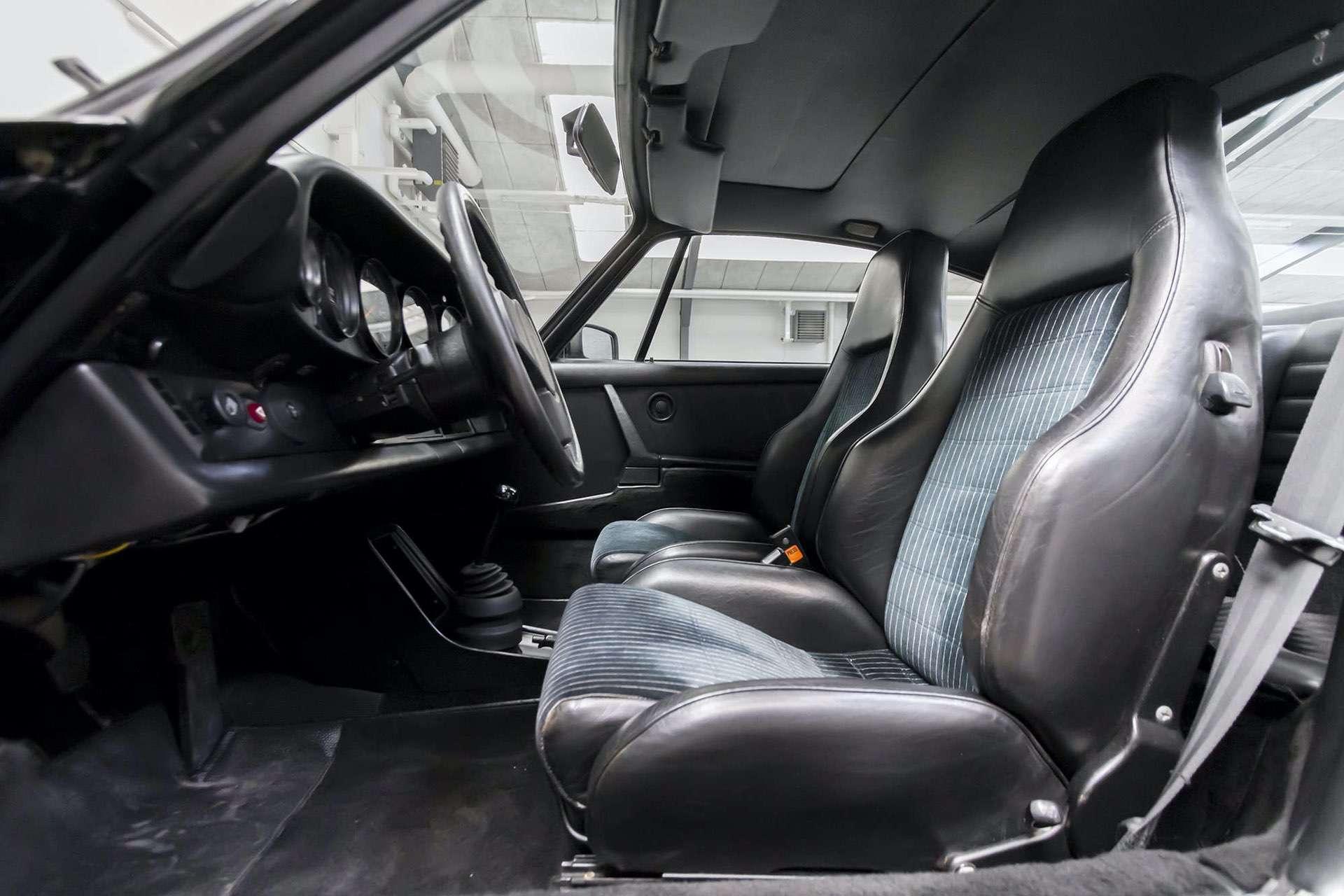 Porsche_911_930_Turbo_0024