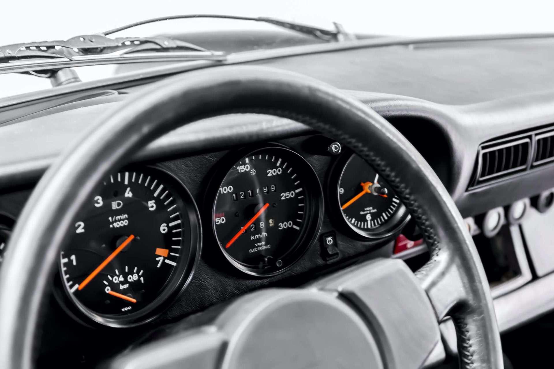 Porsche_911_930_Turbo_0032