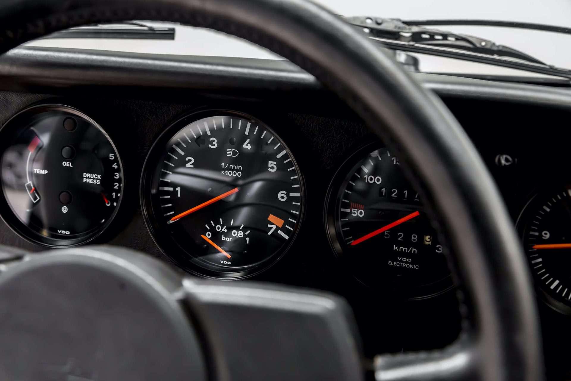 Porsche_911_930_Turbo_0033
