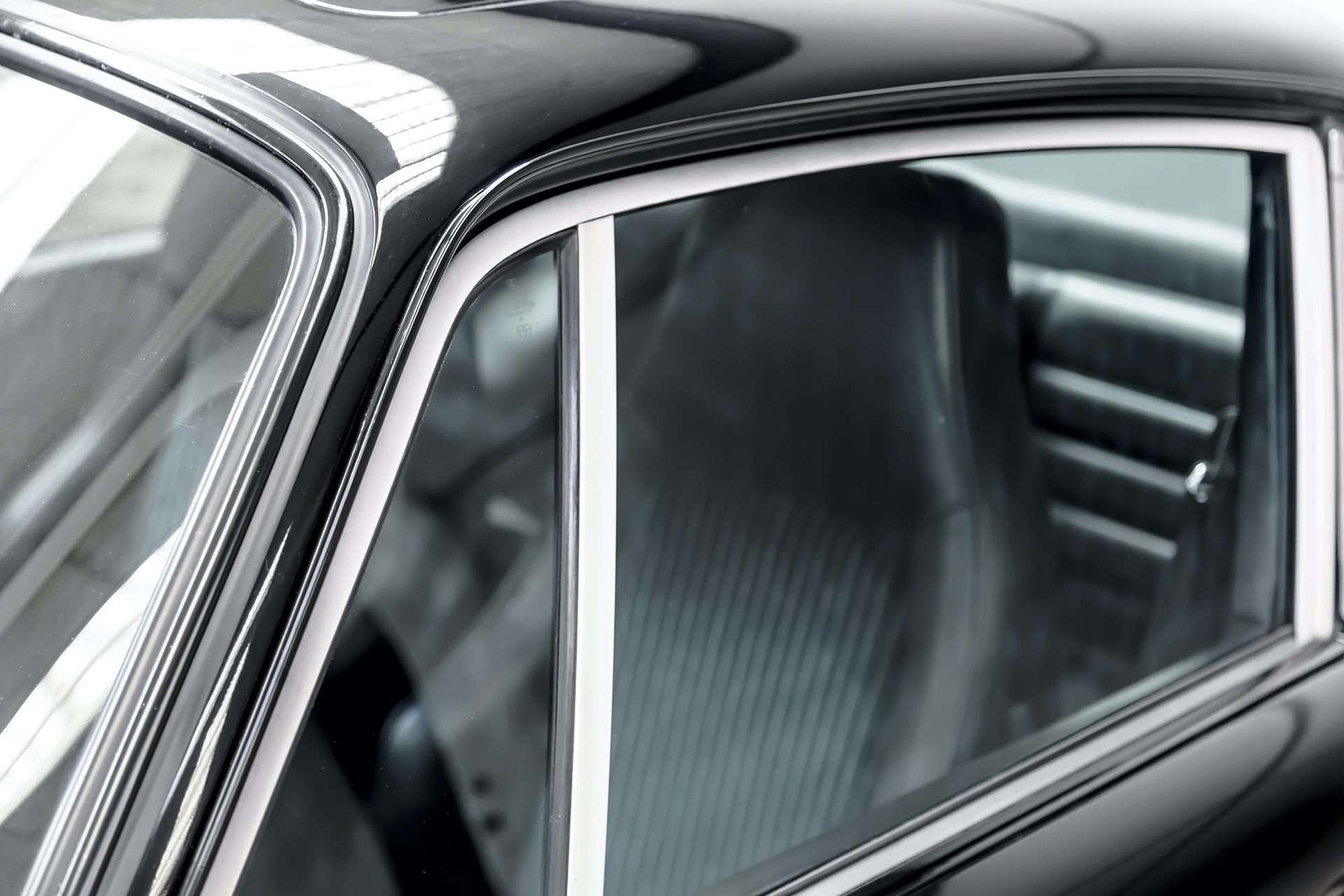 Porsche_911_930_Turbo_0039
