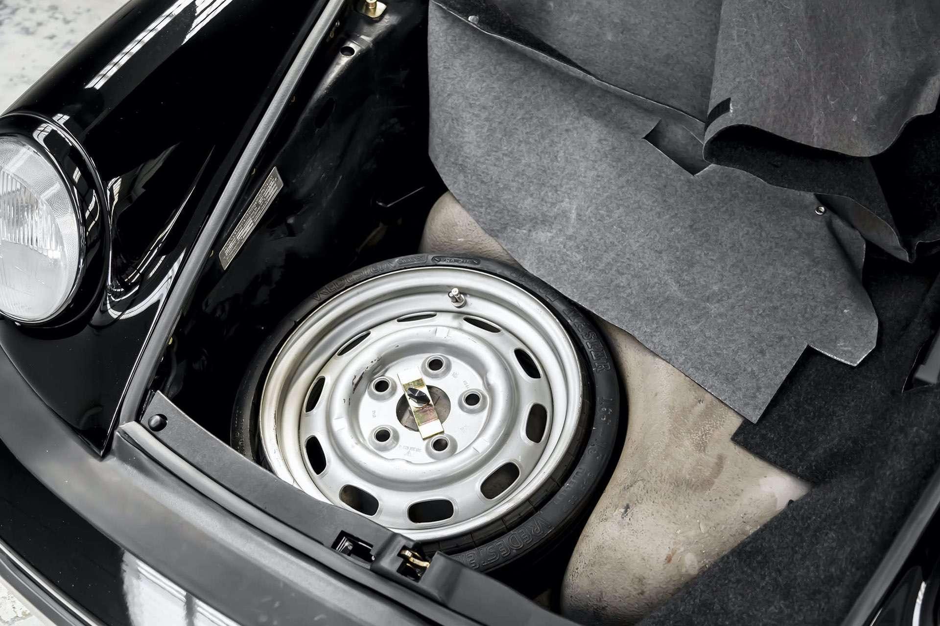 Porsche_911_930_Turbo_0043