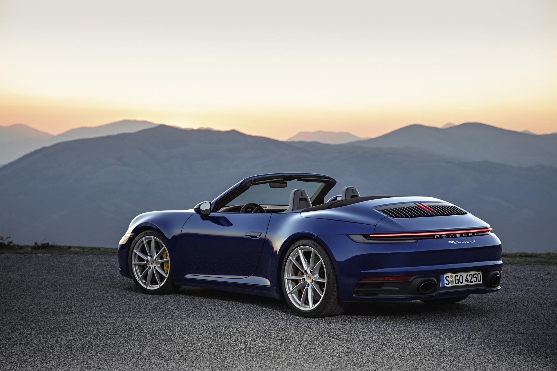 Porsche 911 Cabriolet 2019 (1)
