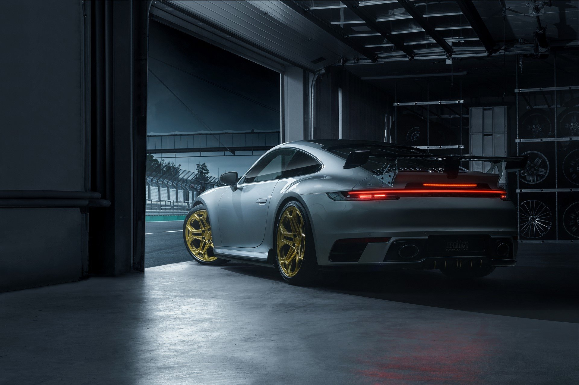 Porsche-911-Carrera-4S-by-TechArt-5