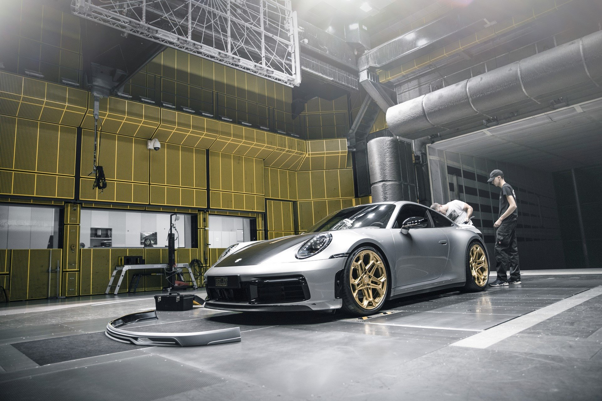 Porsche-911-Carrera-4S-by-TechArt-56