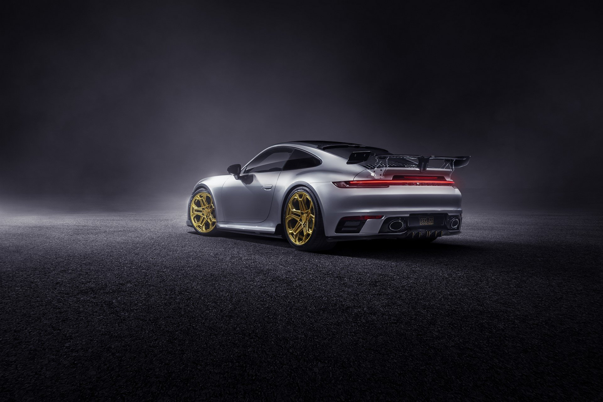Porsche-911-Carrera-4S-by-TechArt-7