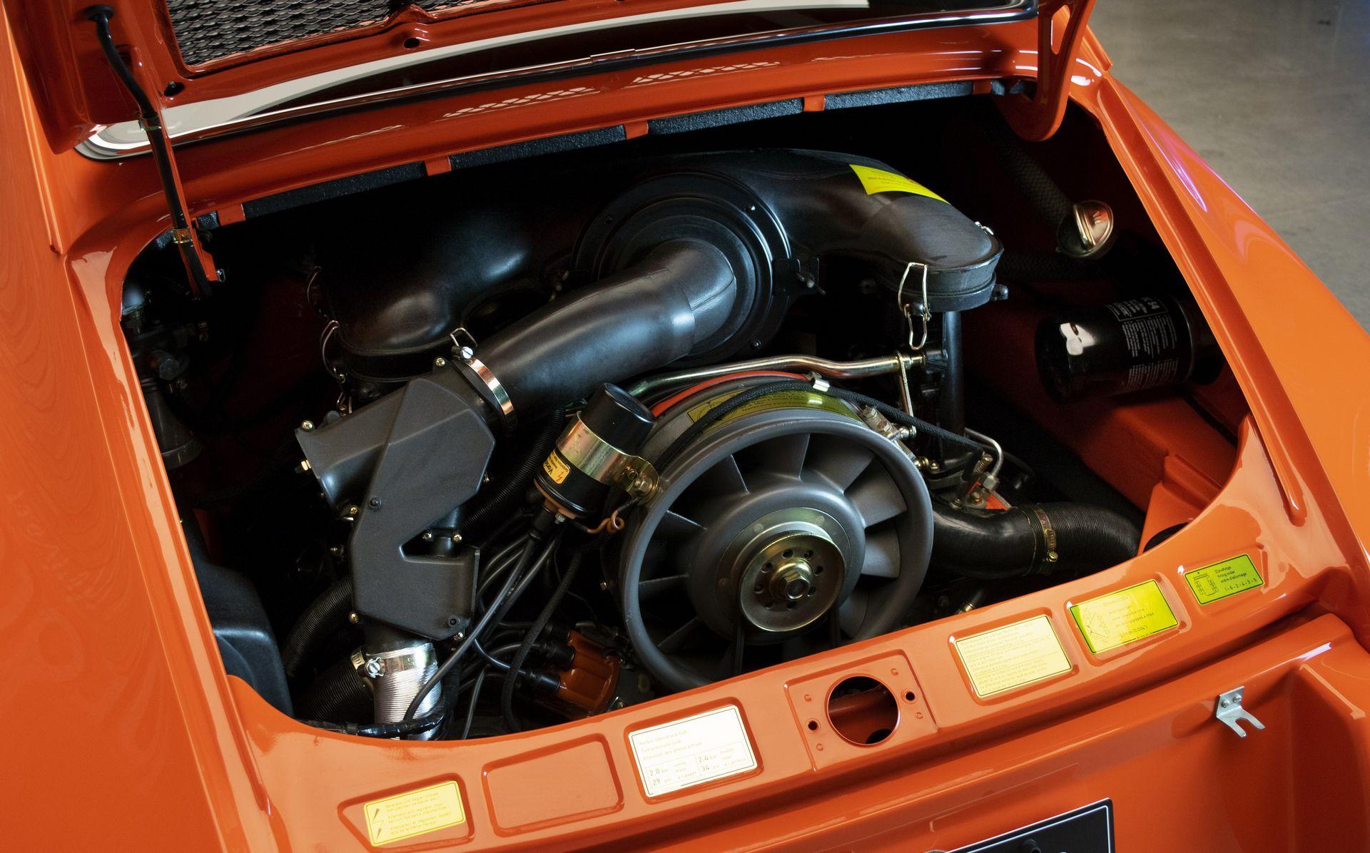 a0b136ad-porsche-911-carrera-rs-11