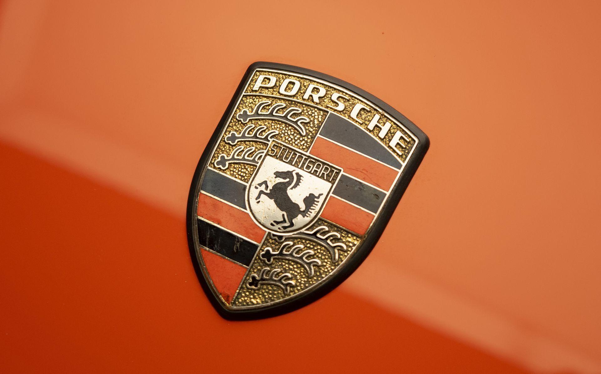 ea1ff06d-porsche-911-carrera-rs-5