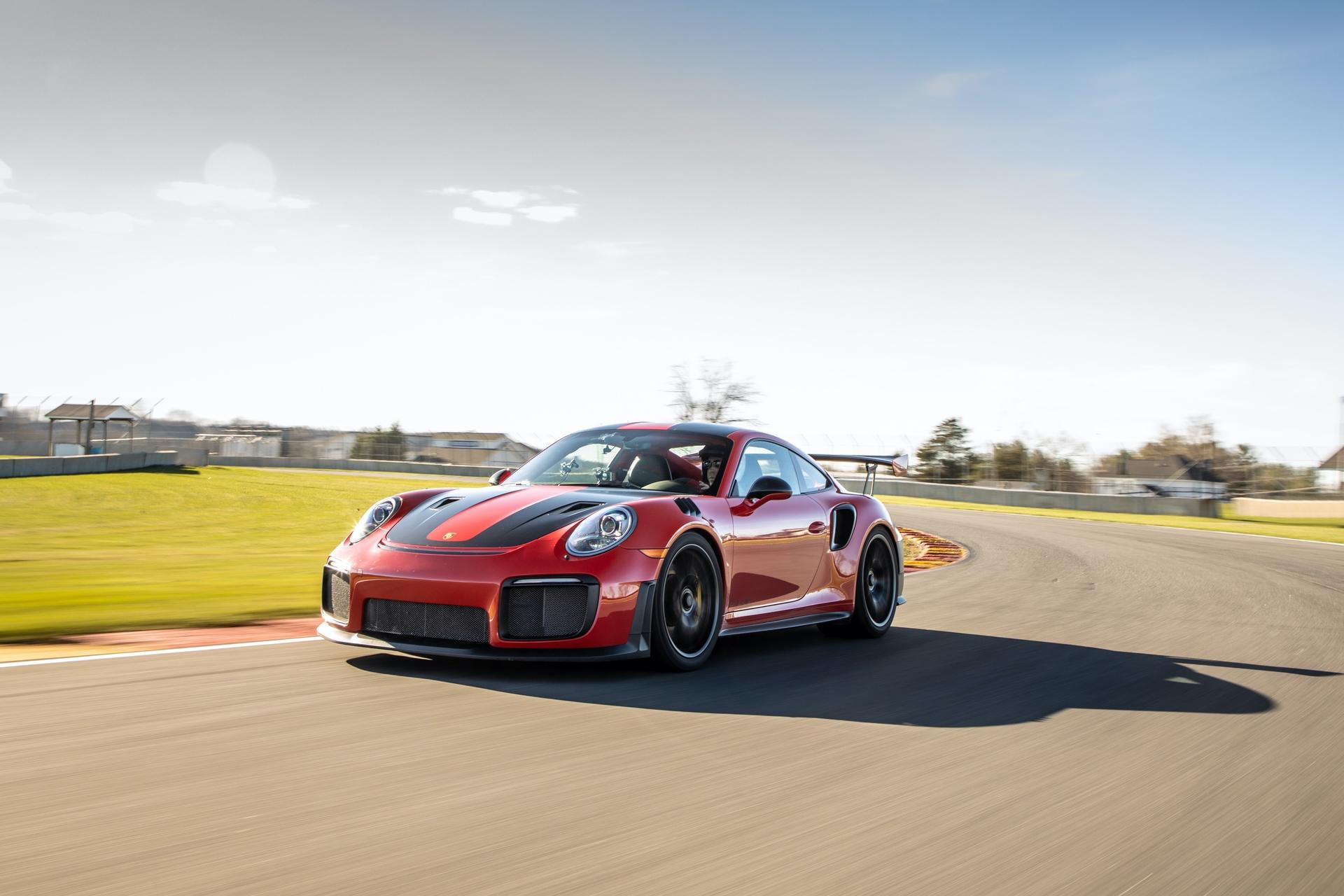 Porsche_911_GT2_RS_Road_America_0010
