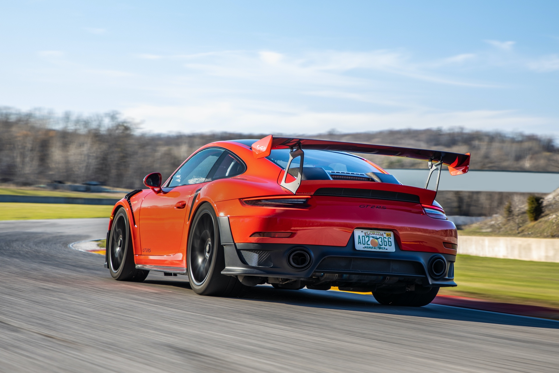 Porsche_911_GT2_RS_Road_America_0011