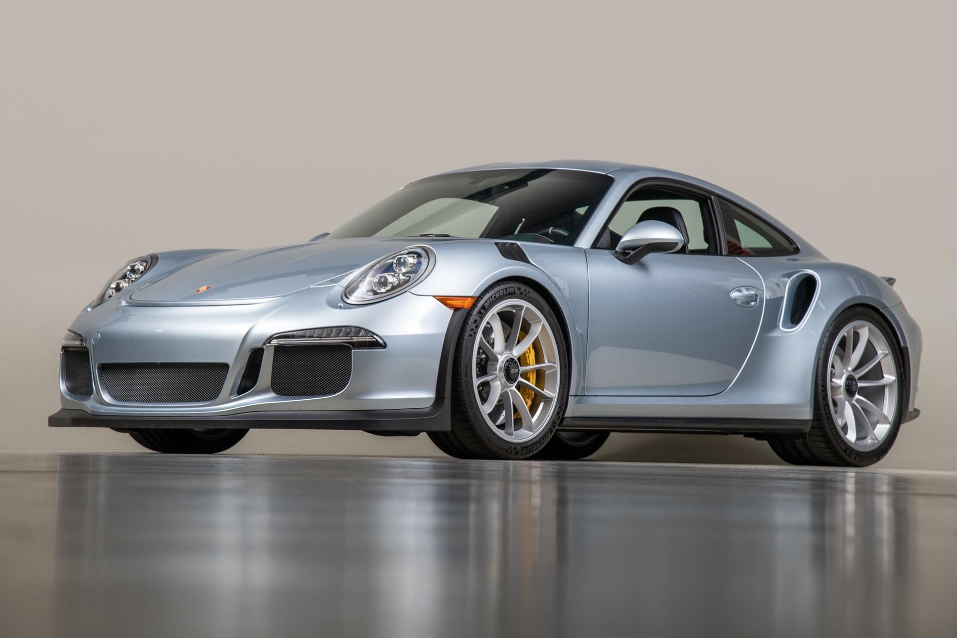 Porsche_911_GT3_RS_-Seinfeld_0001