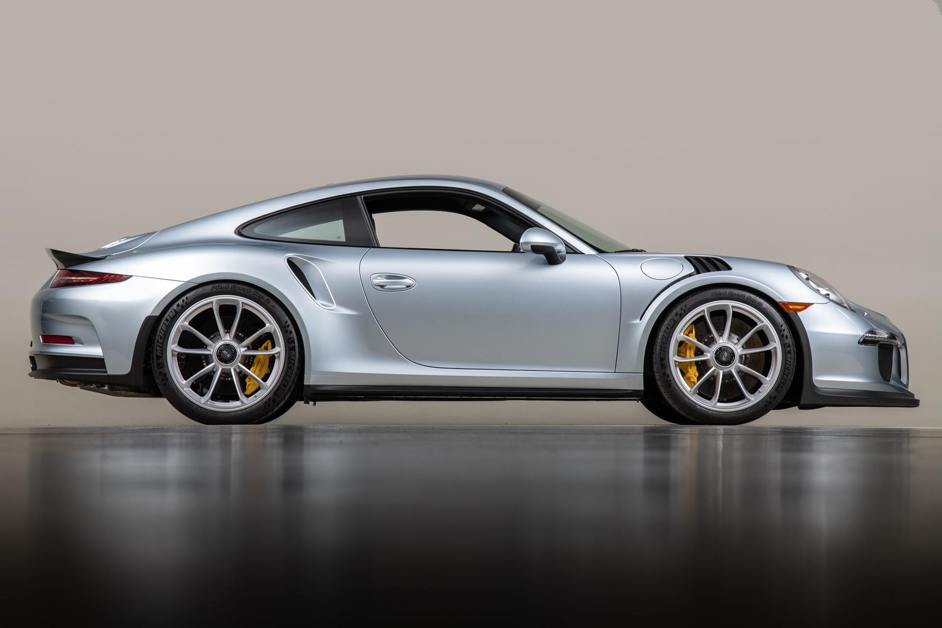 Porsche_911_GT3_RS_-Seinfeld_0010