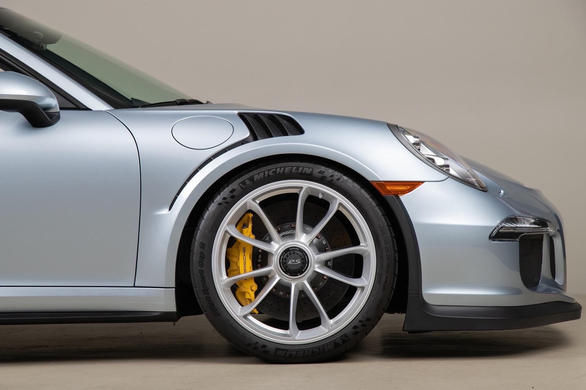 Porsche_911_GT3_RS_-Seinfeld_0044