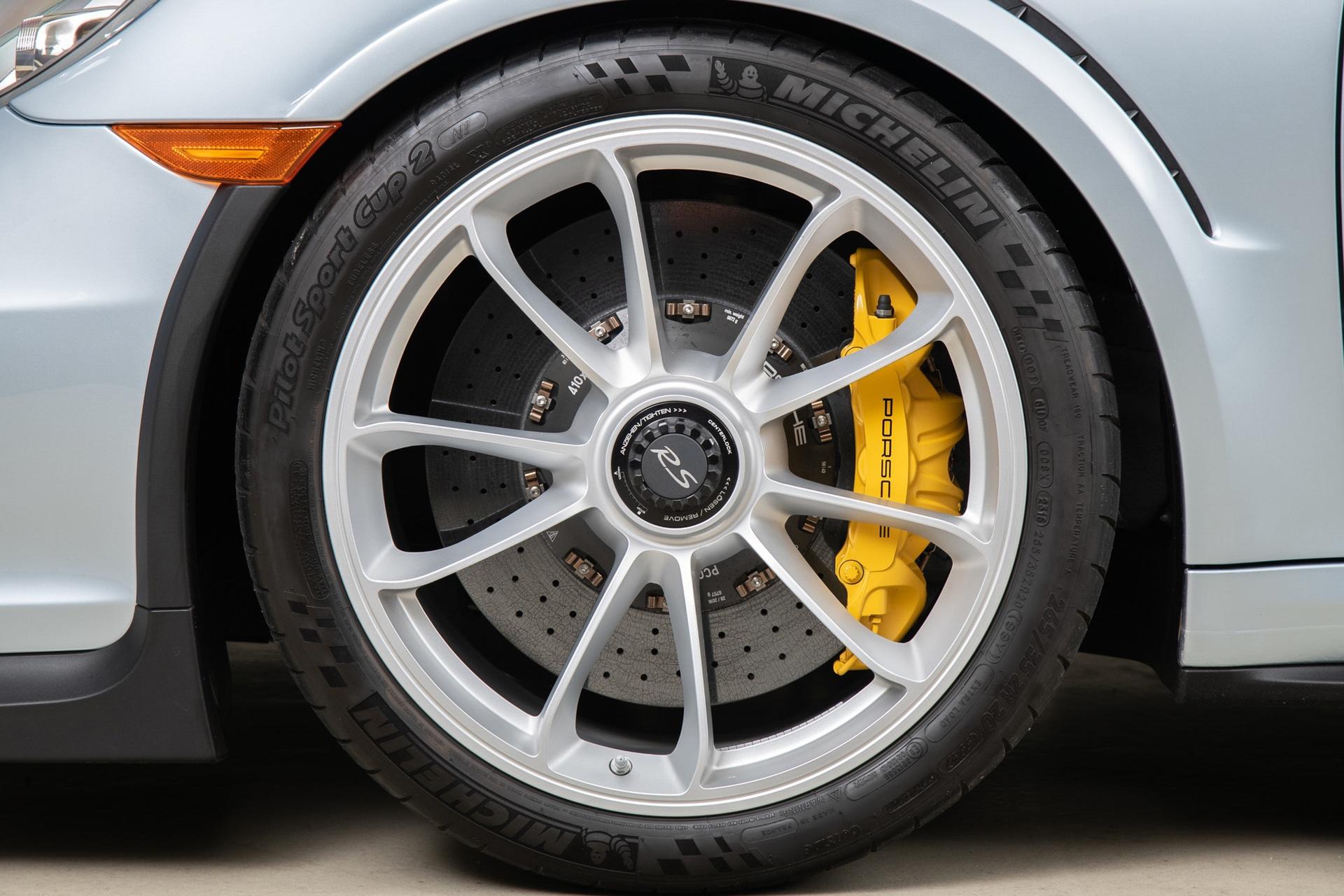 Porsche_911_GT3_RS_-Seinfeld_0076