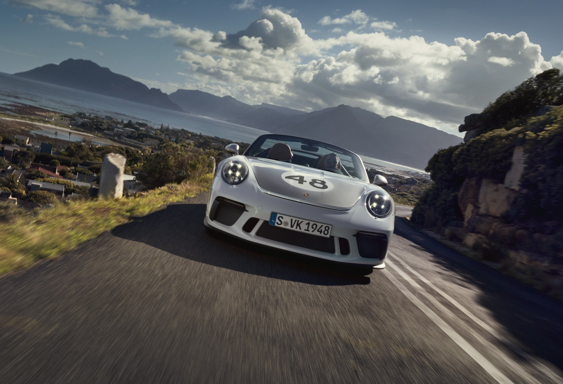 Porsche-911-Speedster-Heritage-Design-Package-3