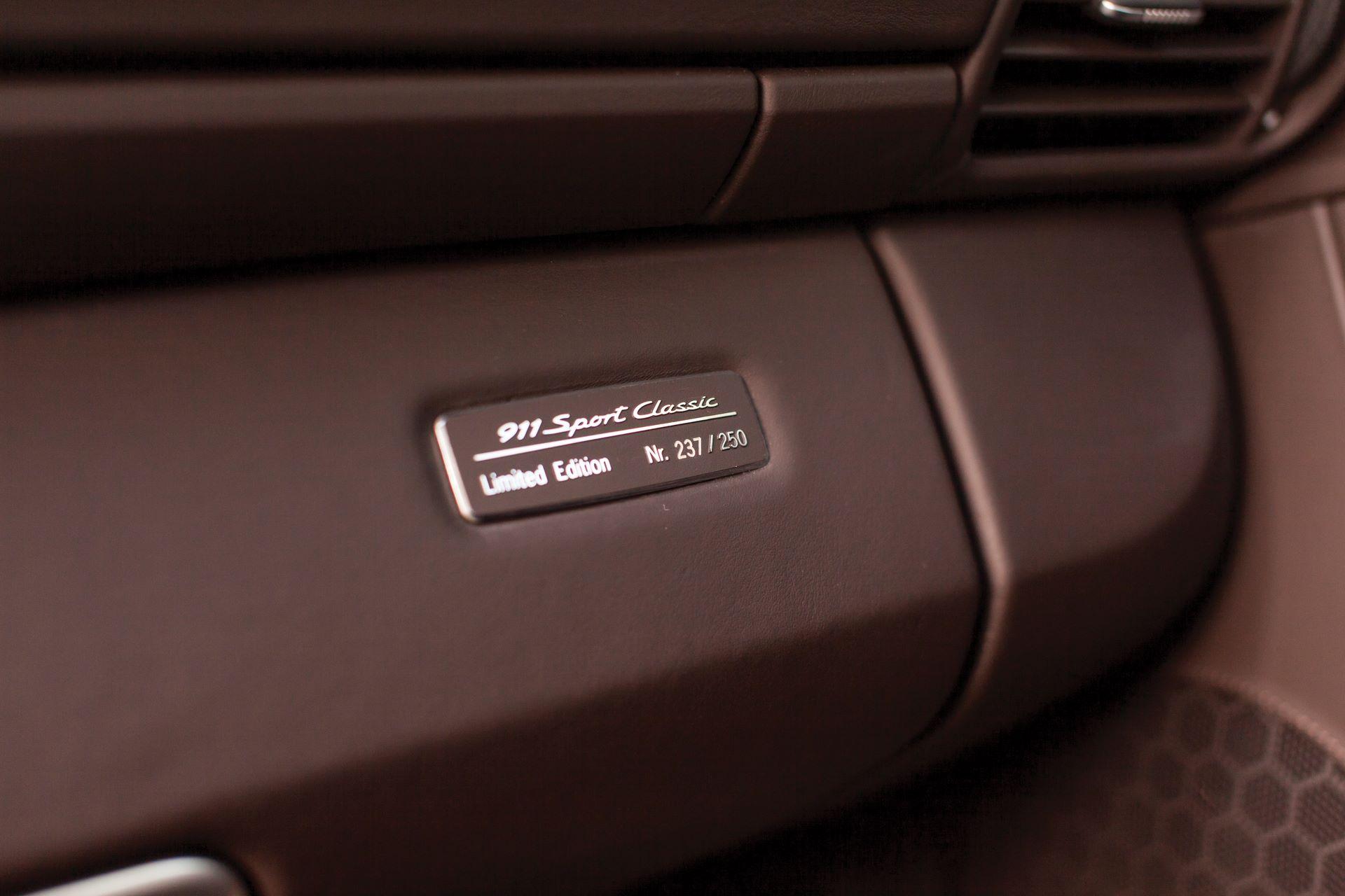2010-Porsche-911-Sport-Classic-_20