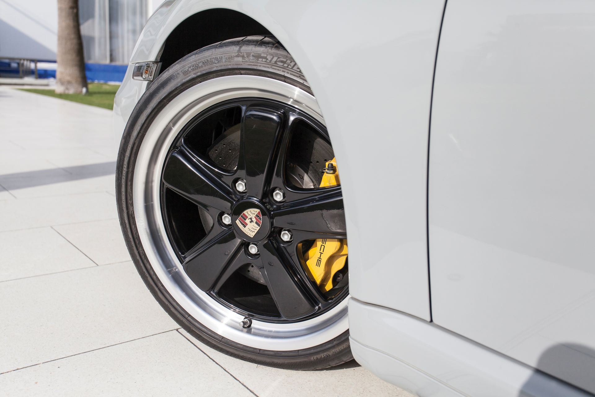 2010-Porsche-911-Sport-Classic-_23