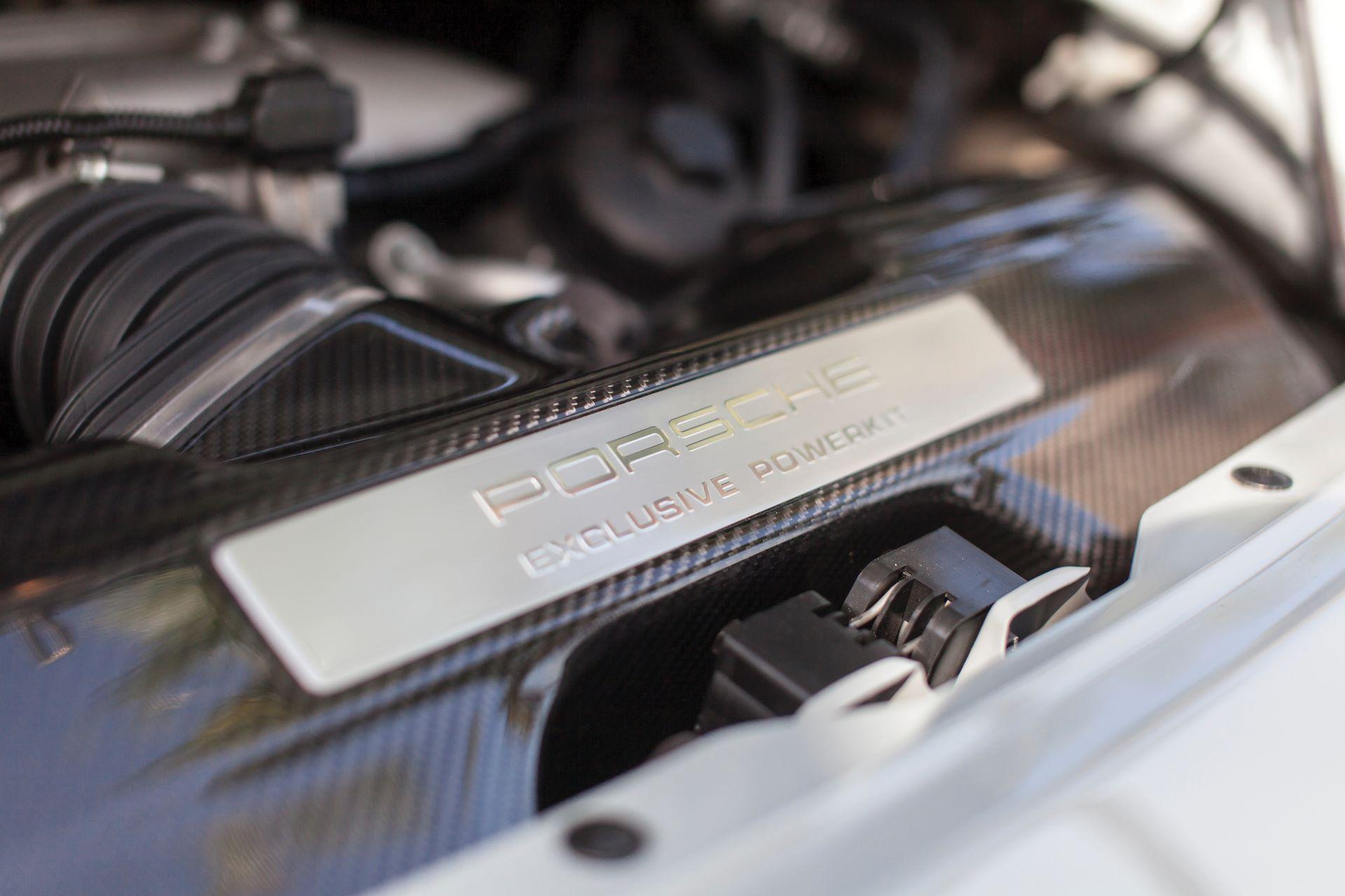 2010-Porsche-911-Sport-Classic-_25