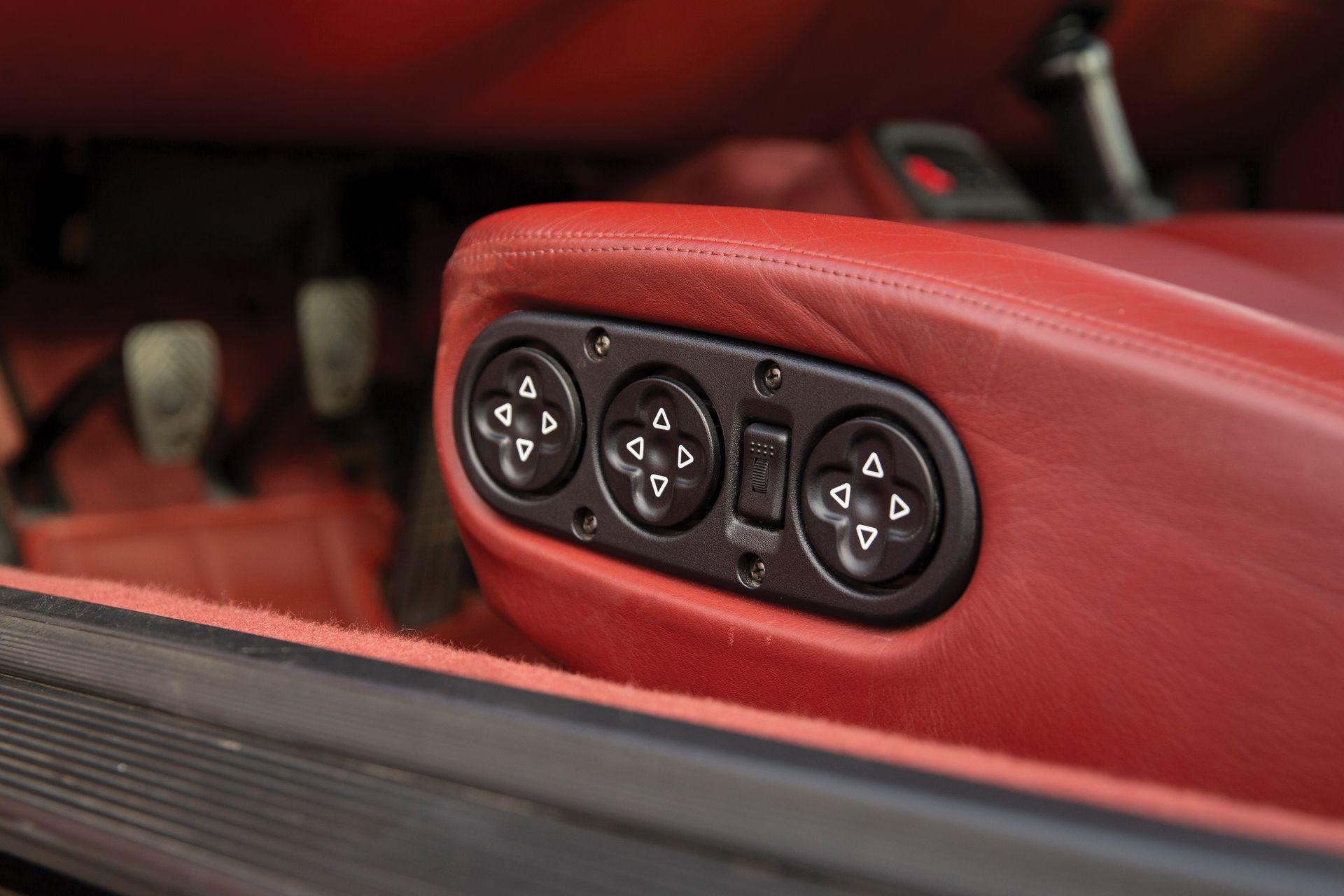Porsche 911 Turbo Prototype auction (18)