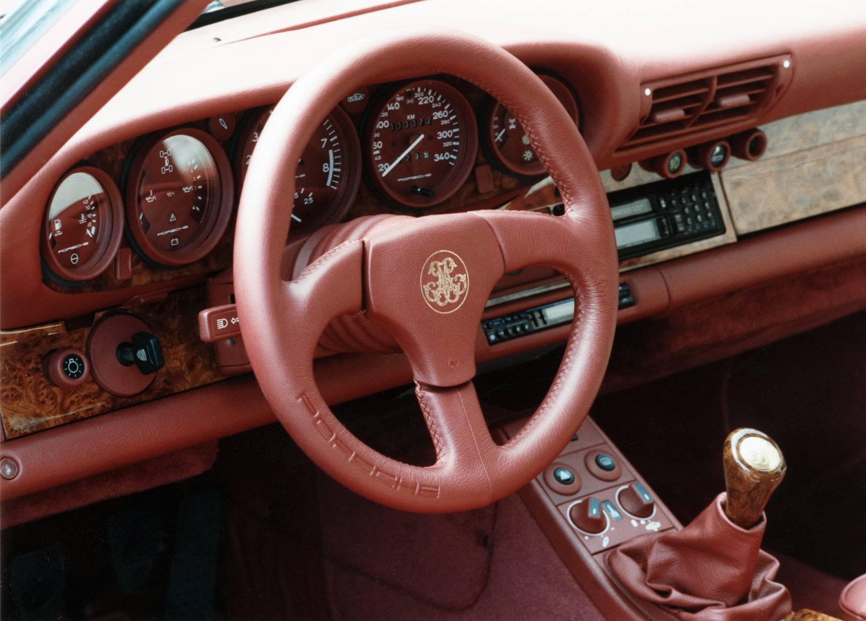 66564efe-porsche-exclusive-959-in-red-built-for-arab-prince-2