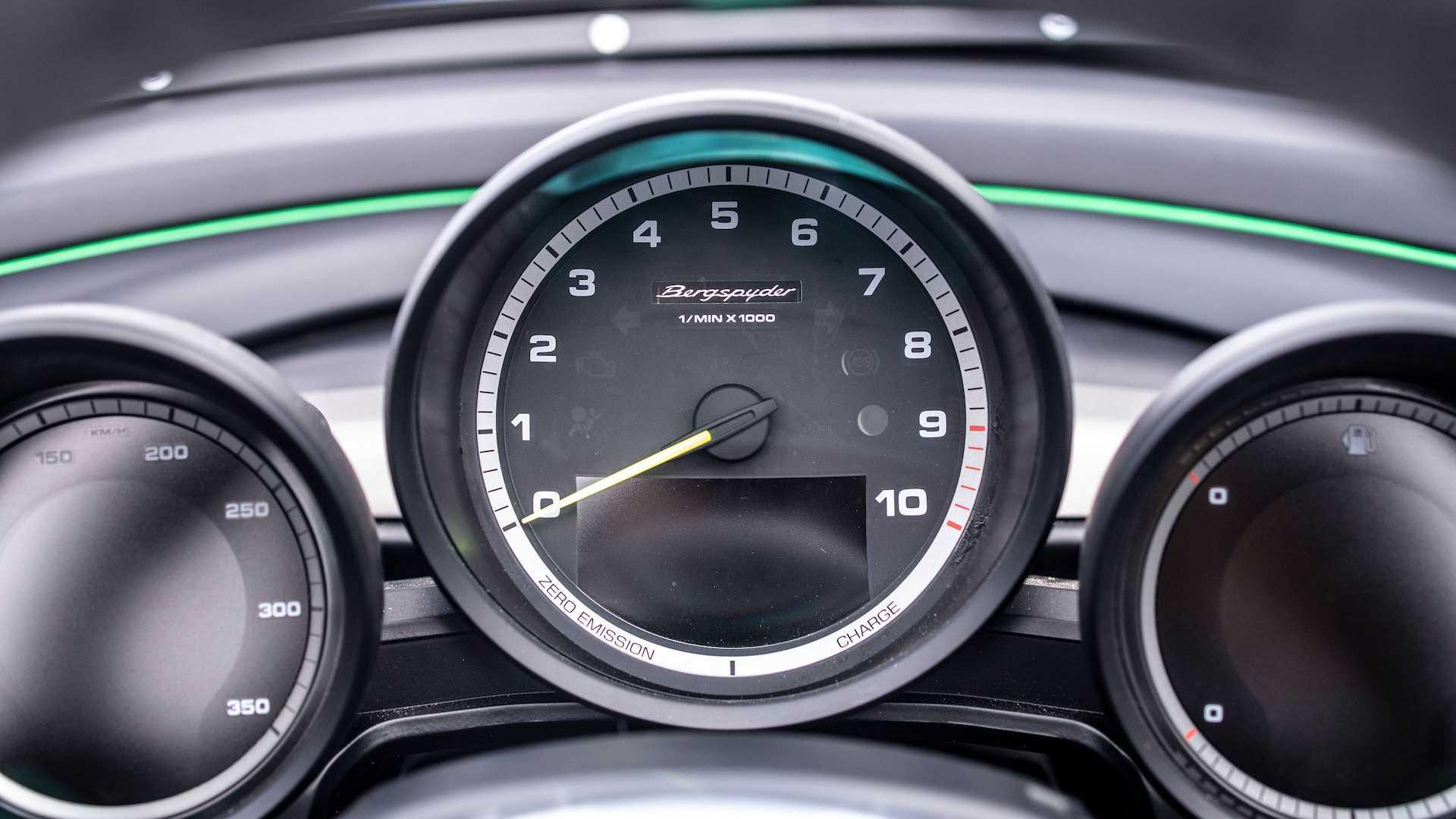 Porsche-981-Bergspyder-19