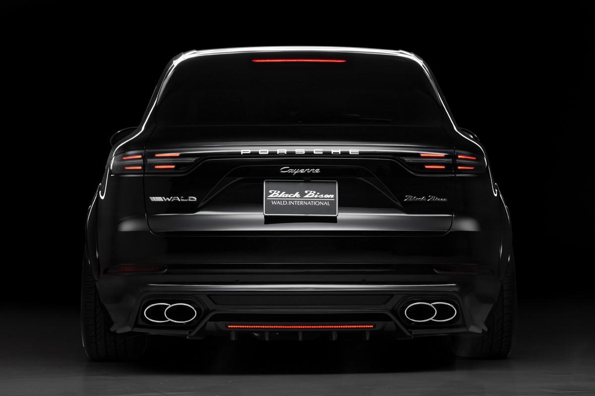 Porsche Cayenne Black Bison Wald International (2)