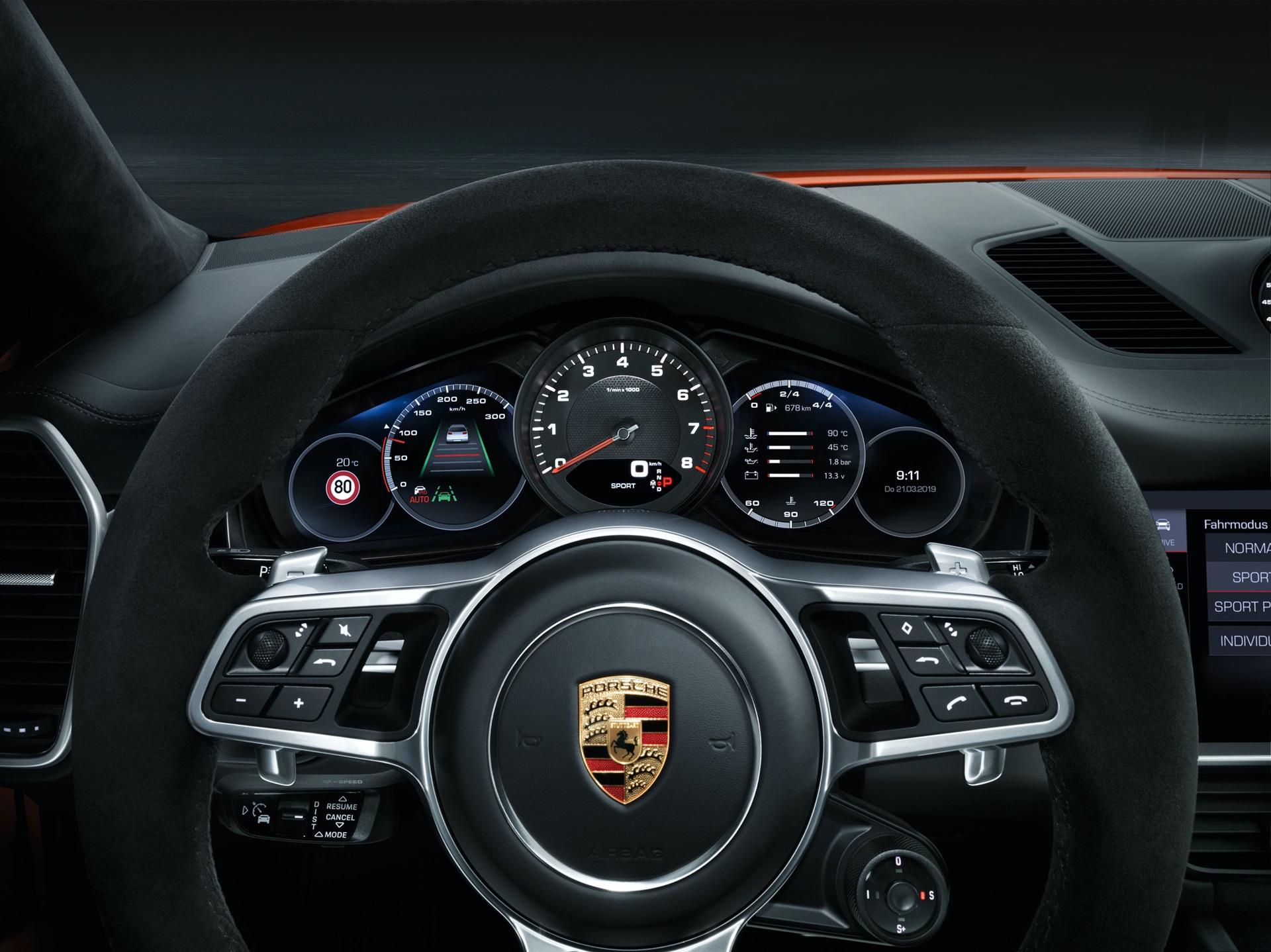 Porsche_Cayenne_Coupe_0006