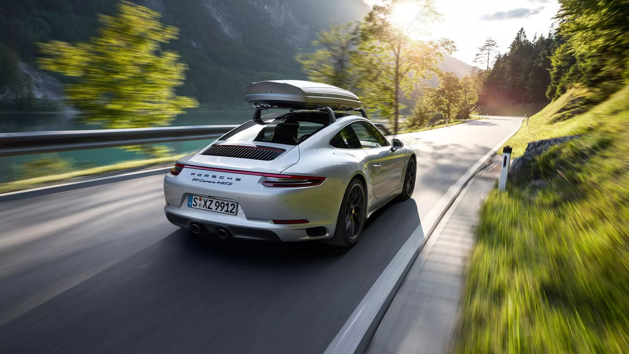 Porsche Design Roof Boxes (10)