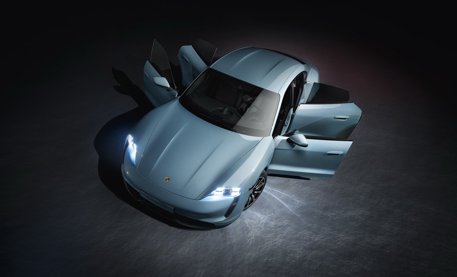 Porsche-Taycan-4S-4