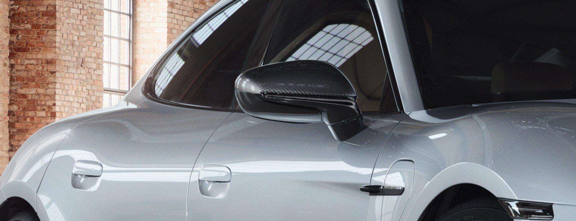 Porsche-Exclusive-Taycan-Turbo-13