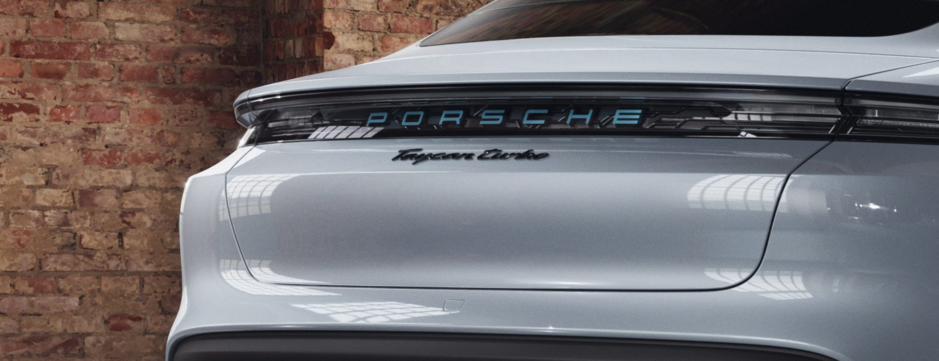 Porsche-Exclusive-Taycan-Turbo-14