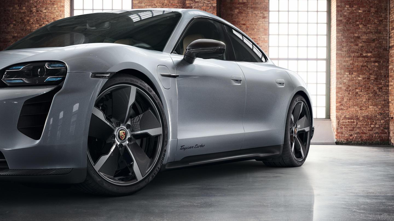 Porsche-Exclusive-Taycan-Turbo-2